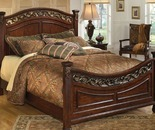 Signature Design By Ashley Leahlyn Queen Bed